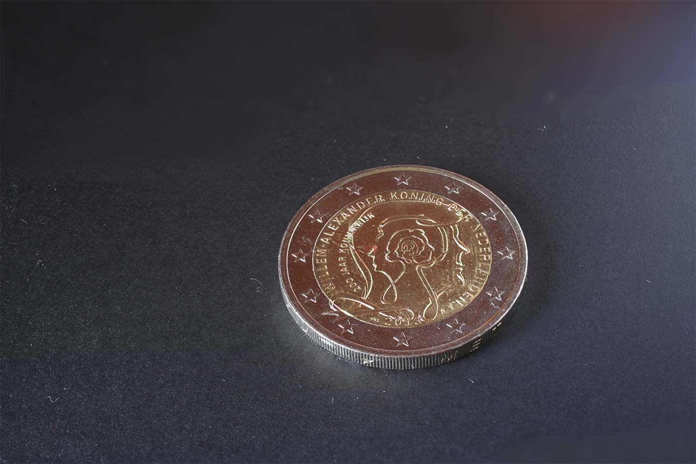 2-Euro-Coin-Retouching-Before